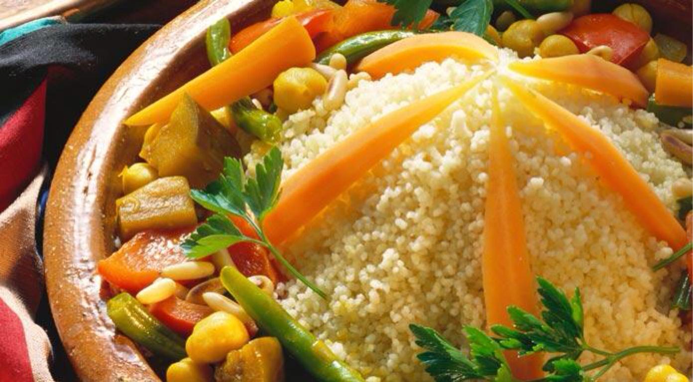 Seksou , prato nacional de Marrocos.