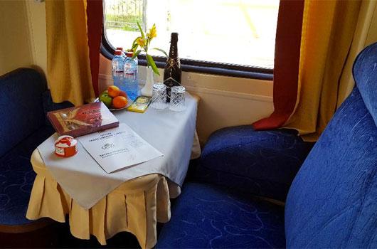 Interior da Cabine Silver do Trem Transiberiano Golden Eagle Golden Eagle